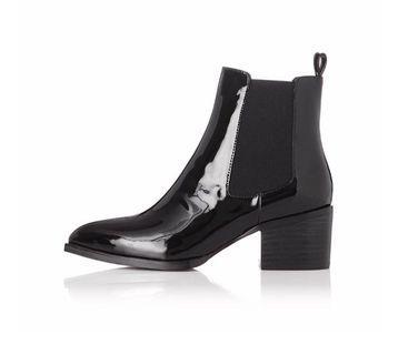Alias Mae sz38 Patent Black Ankle Boots