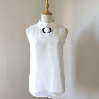 Pretty White Sleeveless Top