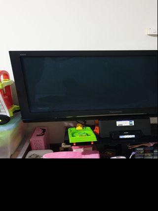 🚚 42 inch Panasonic LED tv