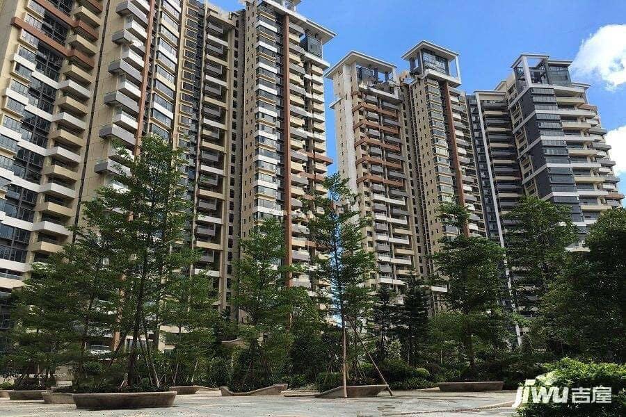 富人區新鴻基地產認購開售,低至1800一尺