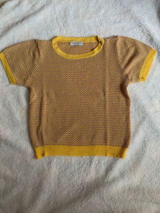 Knit top yellow