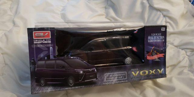 全新Toyota VOXY 1:24 搖控車