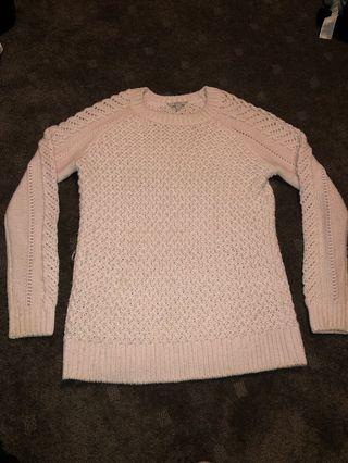 GUESS SWEATER SIZE M