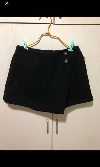 size s thick black skirt pants with pockets 細碼黑色厚料有袋裙褲 #MTRkt