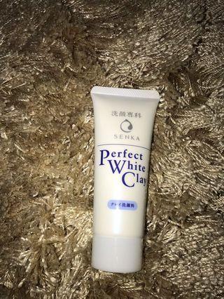 Perfect white clay SENKA