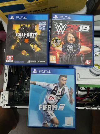 Ps4 CD Game COD bo4 WWE 2k19 Fifa 19