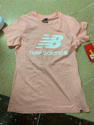 New Balance 夏天粉色tee