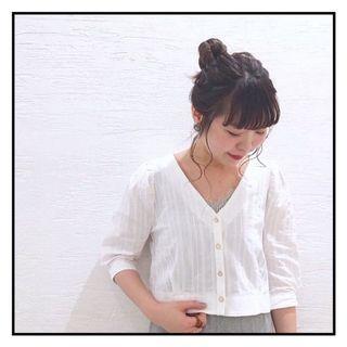 Mystic 白色暗直紋短袖襯衫