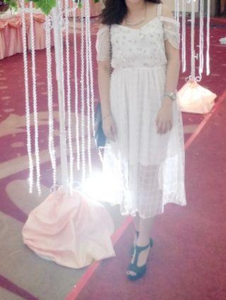 Paladium White Dress elegan