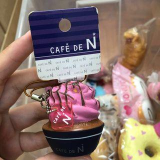 🚚 [ SUPER RARE ] wts cafe d n non repro pink cupcake squishy