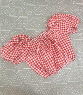 Off shoulder top in checkers #MGAG101 #juneToGo