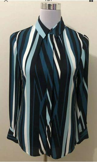 Ladies CUE Sheer Striped Shirt.   Size 6. As New