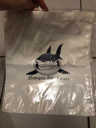 🚚 鯊魚牌帆布包