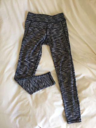 Calvin Klein XS full length leggings