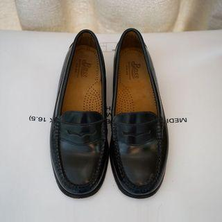 G. H. BASS & CO. Black Glossed-leather loafers