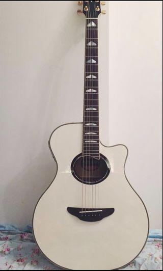Yamaha apx1000 (all solid guitar)