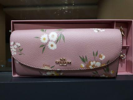 New authentic Coach Boxed Slim Envelope Wallet Tossed Daisy Carnation