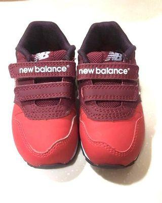 New Balance shoes very good condition 90%New for baby size 12.5cm