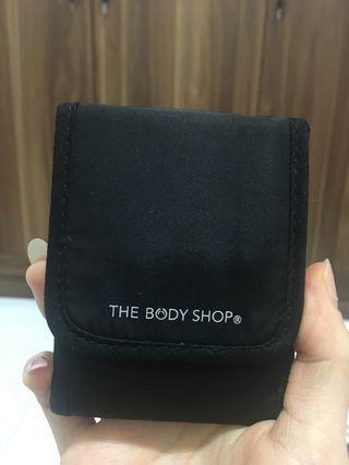 The bodyshop makeup brush travel pack
