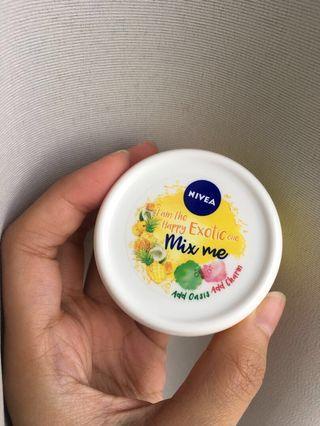 Pelembab Nivea Soft Mix Me