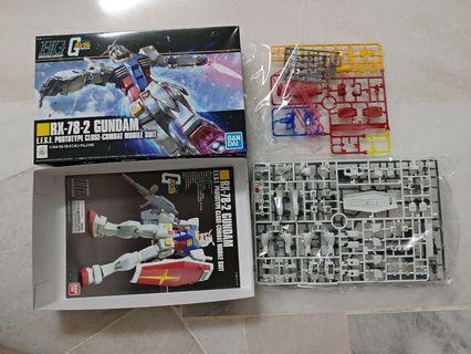 HGUC RX-78-2 Gundam(missing part) and 3 builders parts