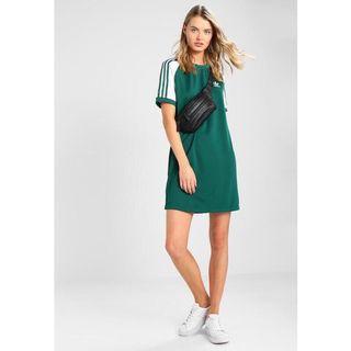 🚚 Adidas 三葉草 綠底白線長版洋裝