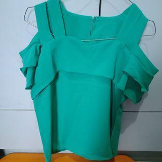 Baju Off shoulder