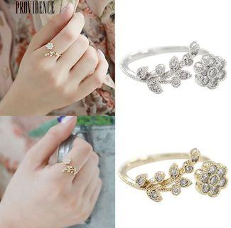 💍 Graceful Flower Rhinestone Adjustable Open Finger Ring Lady Jewelry Gift