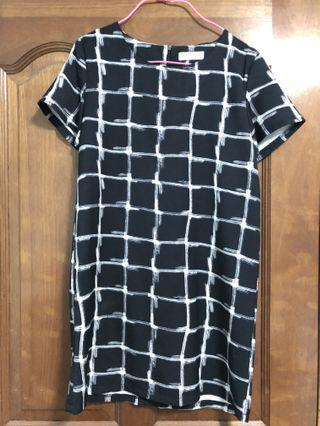 🚚 Feminu Checkered Dress