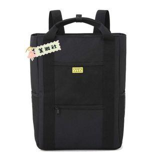 『 Lowrys Farm 』MULTI BACKPACK BOOK ( 黑色兩用拉鍊後背包 ) ($85)