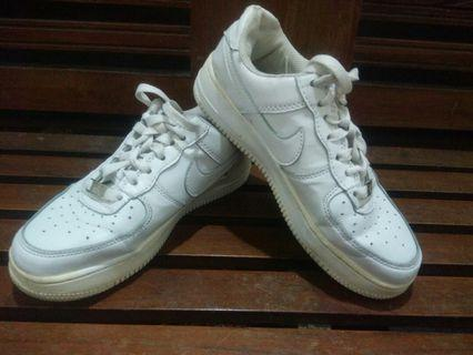 Ori Nike air force1 women sz 36