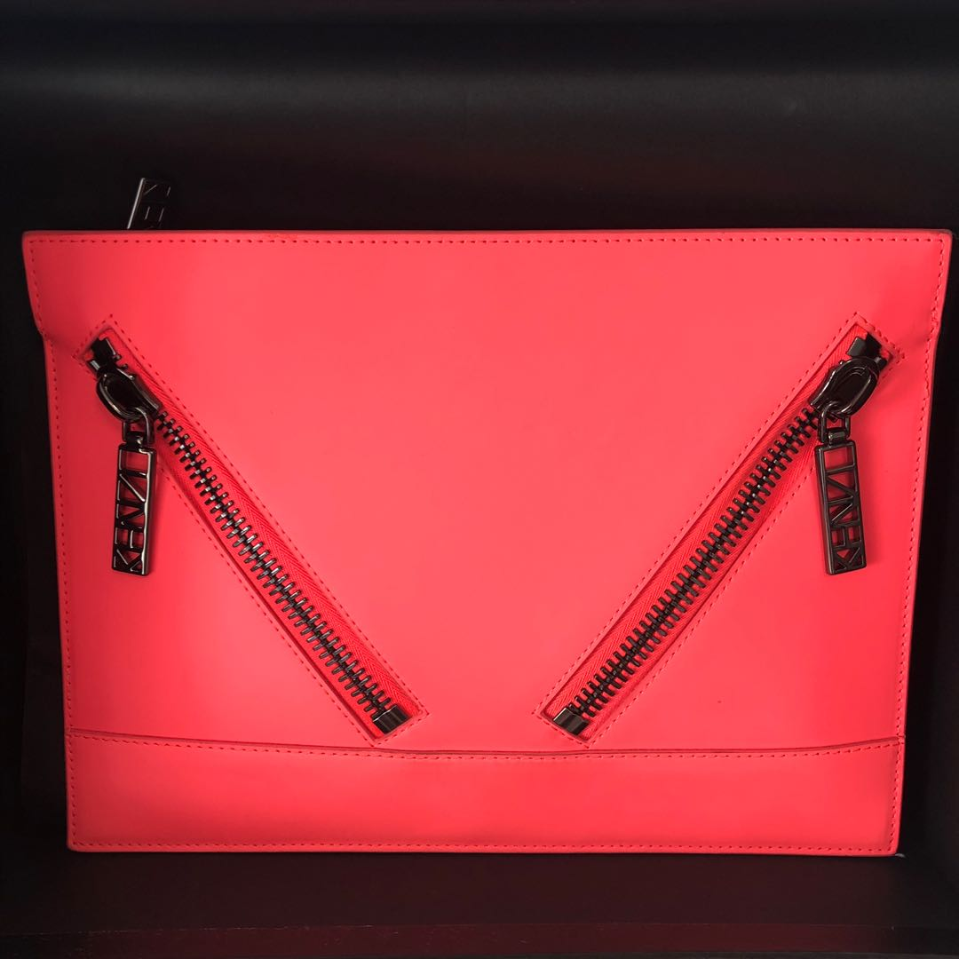630cfab1ab Authentic Kenzo Gommato Kalifornia Clutch in Fuchsia Hot Pink ...