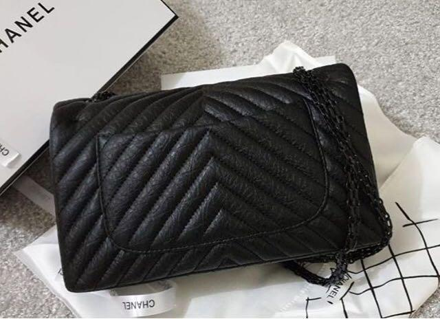 Chanel Reissue Chevron Black