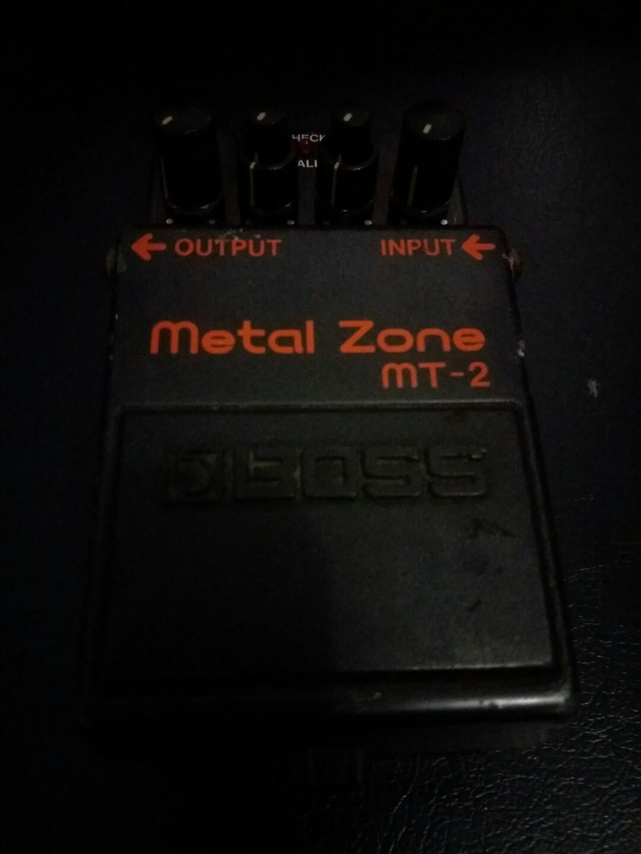 Efek Boss Metal Zone MT-2