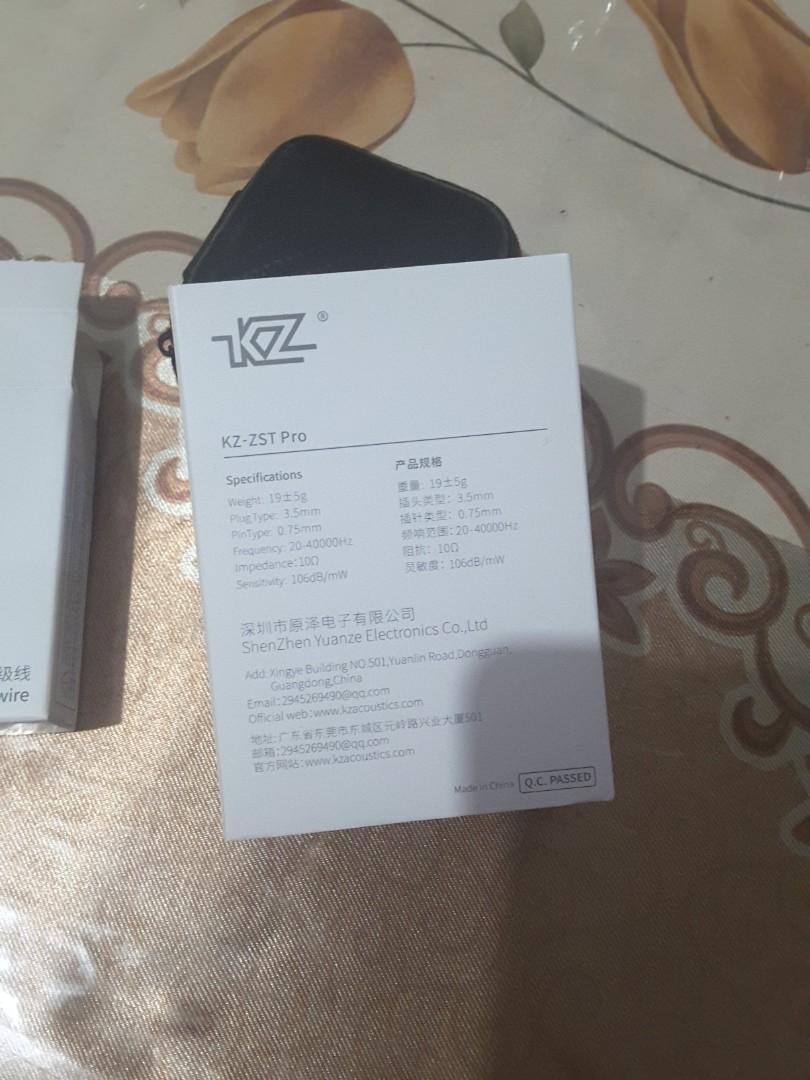 Knowledge Zenith - KZ ZST (free case + kabel bluetooth)
