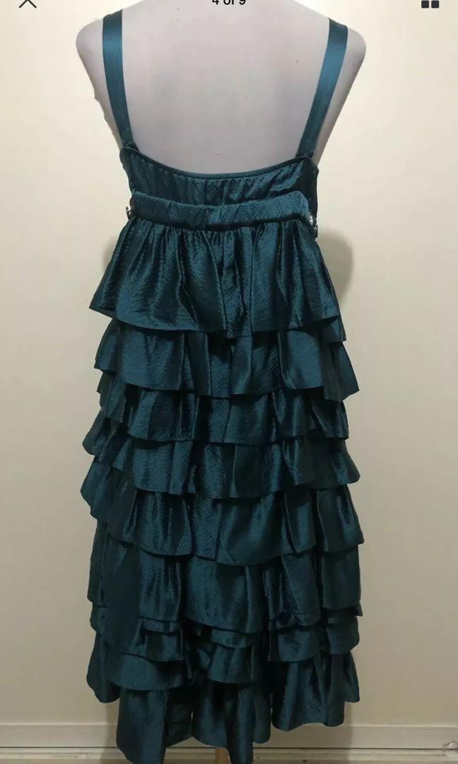 Ladies SCANLAN & THEODORE Ruffle Layered Silk Dress.  Size 8.