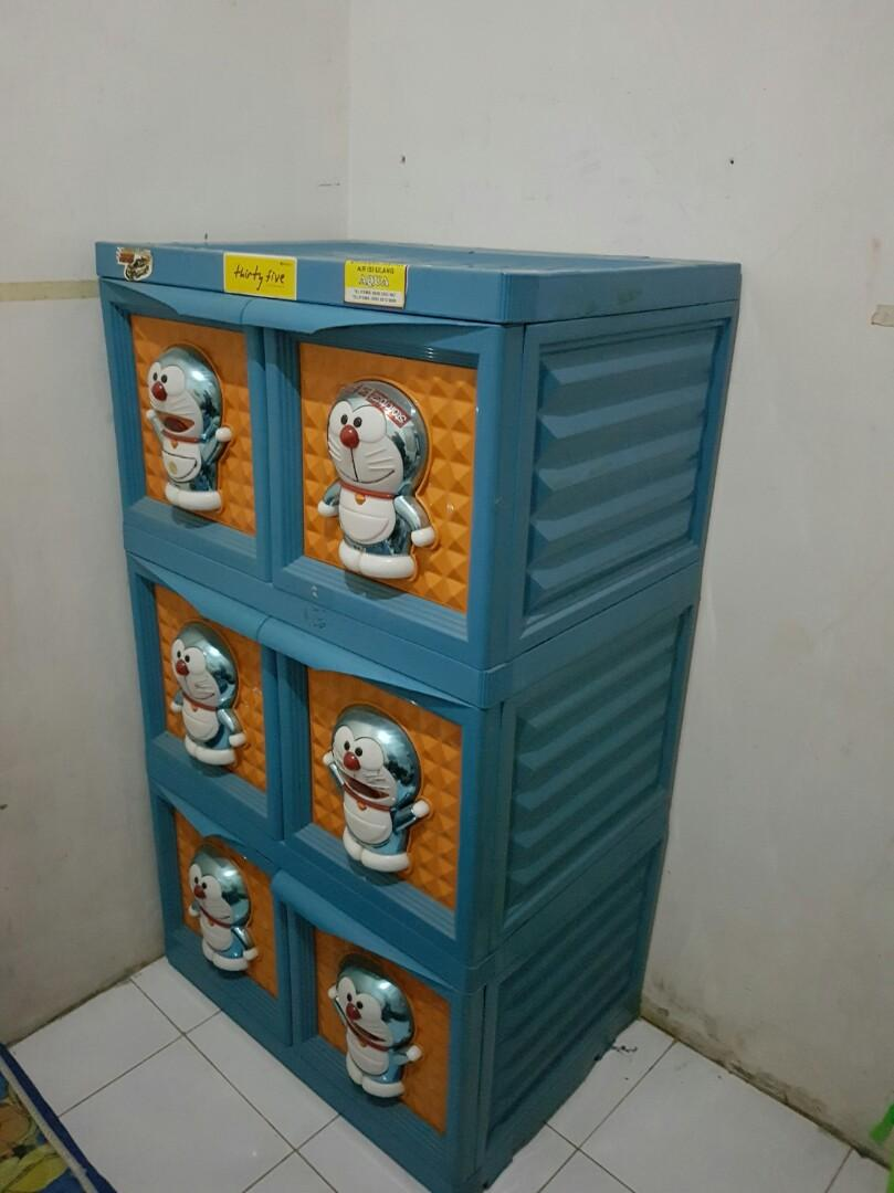Lemari Plastik Doraemon