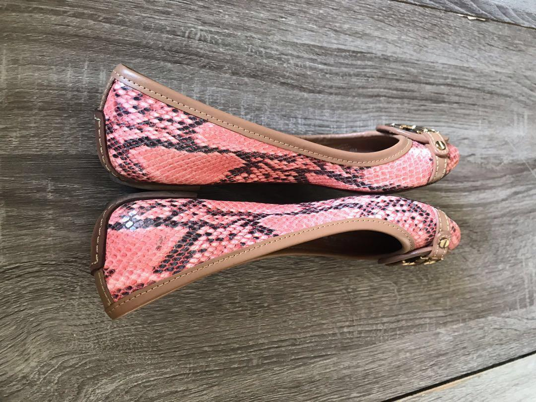 Tory Burch Flats shoes Authentic