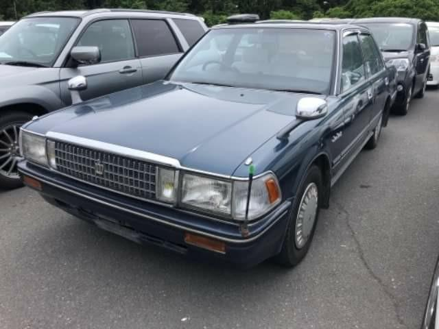 Toyota Crown Gs130 1988價錢面議(另有bid車、水貨車、中港牌、租車服務、大量現貨  、古董車等)