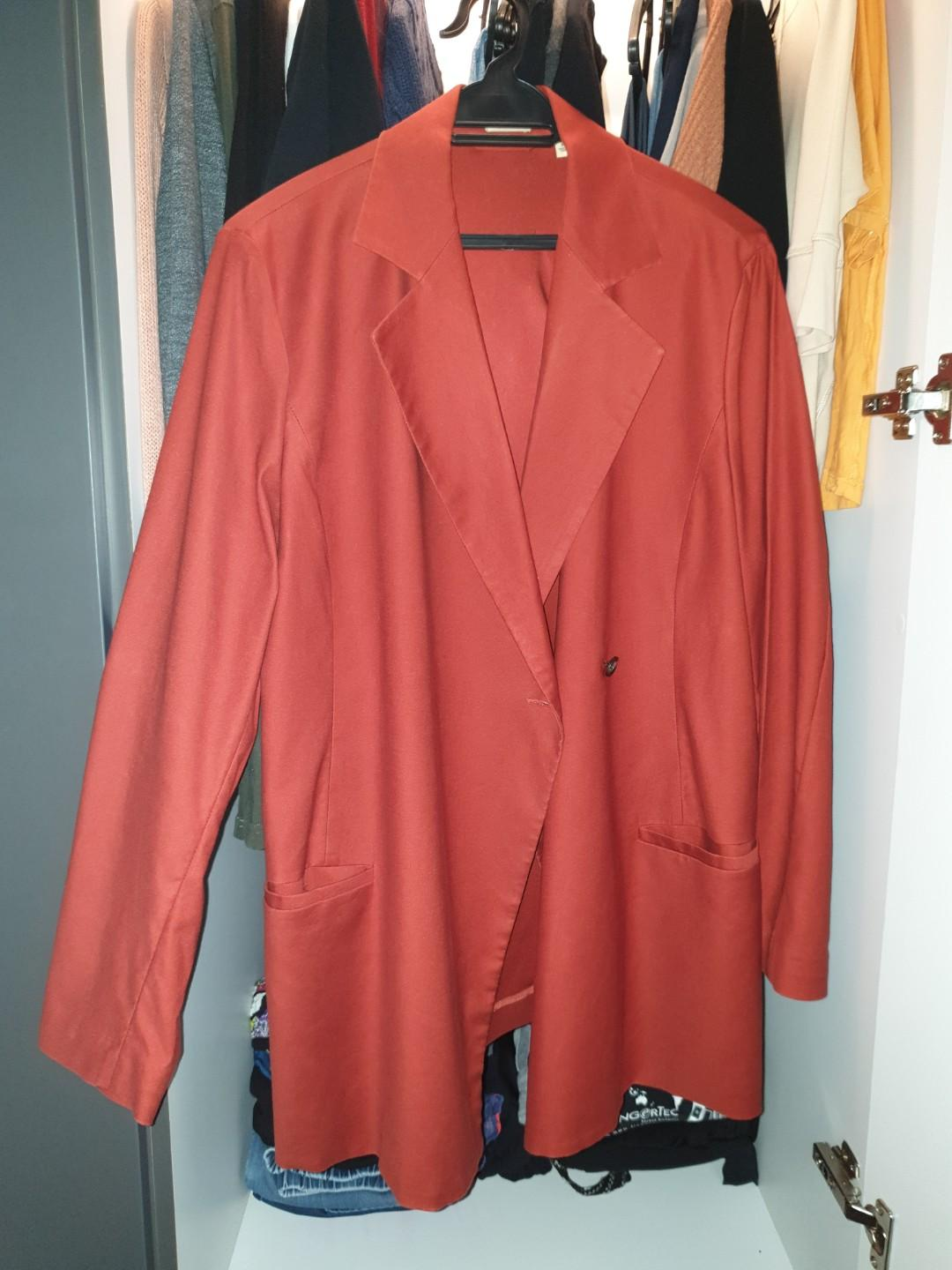 Uniqlo Maroon Trench Coat Blazer xl oversized