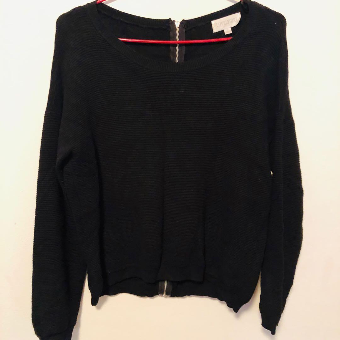 winter clothes/converse hoodie, jumper