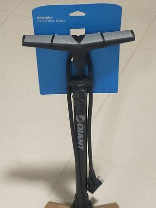 Giant Control King Floor Pump max pressure inflation 160PSI