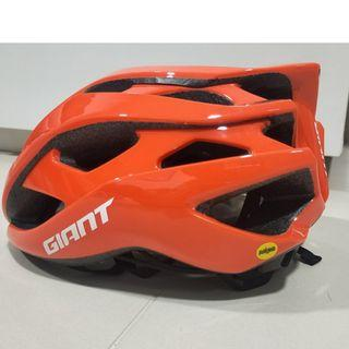 Team CCC Giant 2019 REV ASIA with MIPS HELMET - M and L size Asian Fit