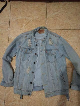 Ripped levi's jeans jacket