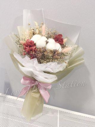 Cotton & Preserved Red Hydrangea with Dried Flower Bouquet/ Graduation Flower Bouquet/ Birthday Flower Bouquet/ Dried Flower Bouquet