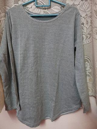 Grey green Top tshirt