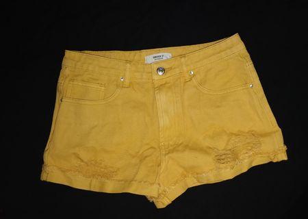 F21 27 Shorts