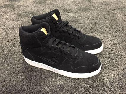 Nike Ebernon Prem