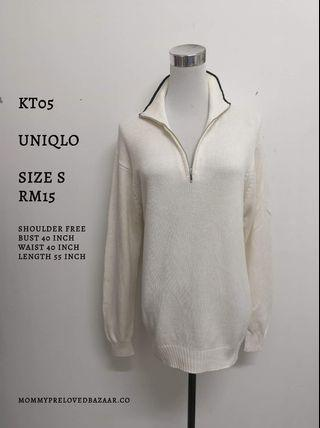 Uniqlo white knitted top