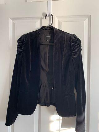 Portman's velvet jacket blazer